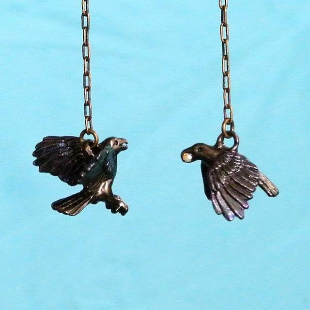 《鳥/カラス》ピアス からす Palnart Poc パルナートポック 烏 PA454