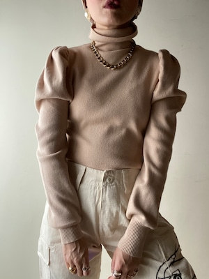 Puff Sleeves Design Knit Top