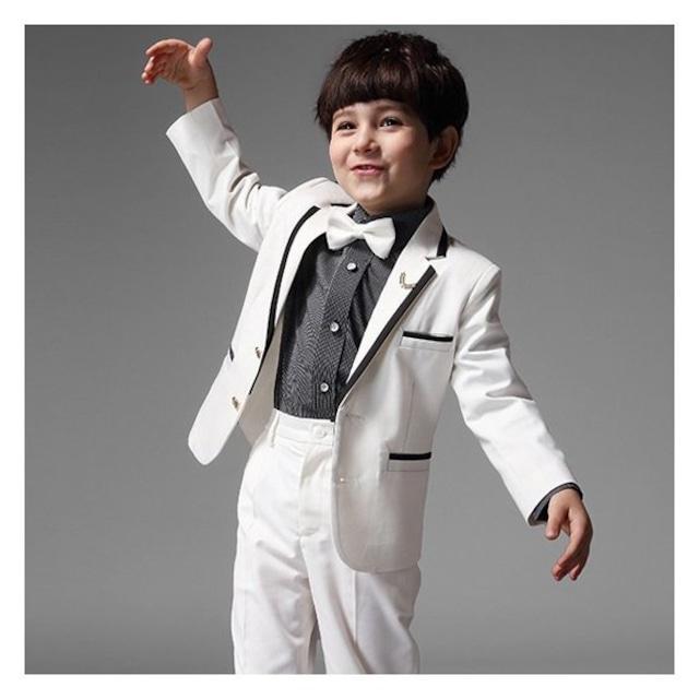 子供服 フォーマルスーツ スーツセット 上下セット キッズ ピアノ発表会 結婚式 入園式 卒業式 男の子 4点セット 定番 100-160cm ホワイト 白い