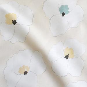 < ウォーホルの花 >  cream コットンリネンキャンバス生地 45cm x 68cm